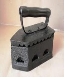 Em 1882 o ferro de passar roupa foi patenteado