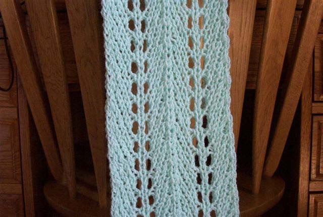 Easy Knit Lacy Scarf Pattern