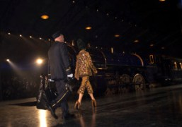 One look from the Louis Vuitton F/W 2012 show at the Cour…