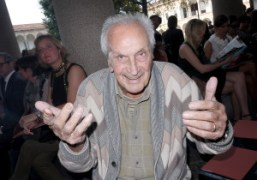 Ottavio Missoni at the MissoniSpring / Summer2012 show, Milan. Photo Olivier Zahm