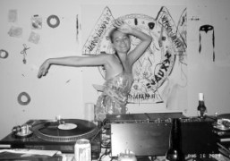 Adi from 3as4 dj at the Rent Party, New York. Photo Olivier…
