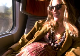 The radiant pregnant photographer and make-up artist Stephanie Kunz on the train…