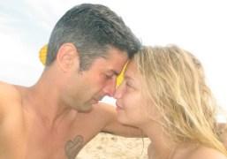 André Saraiva and Annabelle Dexter-Jones in love on the beach, Hamptons. Photo…