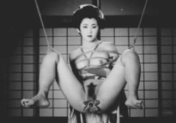 Araki Nobuyoshi exhibition at Musée national des arts asiatiques – Guimet, Paris