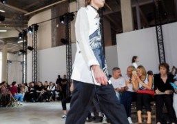 Ann Demeulemeester Men's S/S 2017 show at Palais de Tokyo, Paris