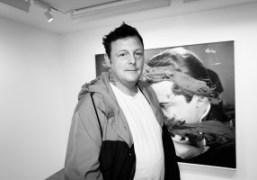 """An interview with Urs Fischer about his new show """"The Kiss"""" at..."""