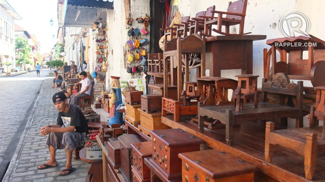 STREET OF SOUVENIRS. Vigan miniature furniture is found in almost all souvenir shops along Calle Crisologo