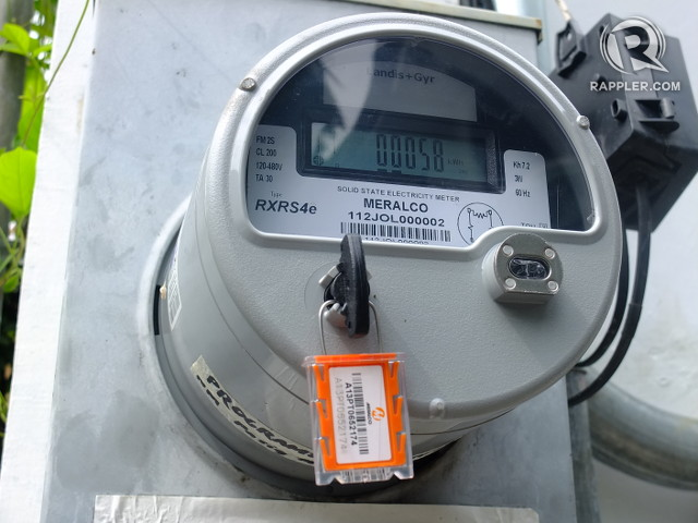 MONITORING. This meter indicates how much electricity is being generated by the De Guzmans' solar panels.