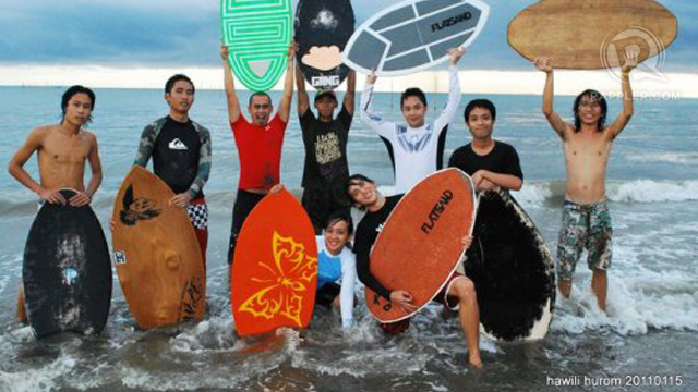 The Flatsand Iloilo Skimboarders enjoying another day of skimboarding at Villa Beach.