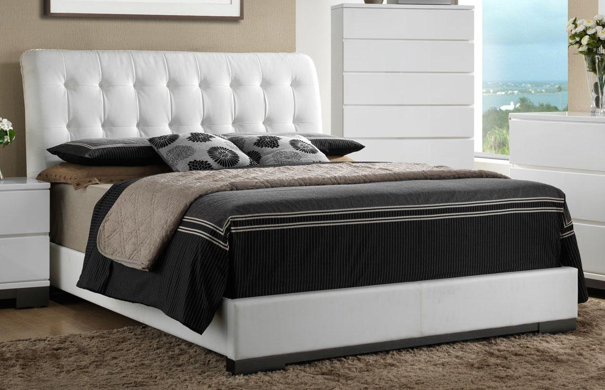White Contemporary 6 Piece Queen Bedroom Set Avery RC Willey Furniture Store