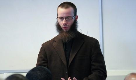 Syekh Yusha Evans: Misionaris yang Memeluk Islam (1)