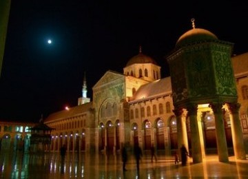 Kedudukan Masjid dan Hukum Bunuh Diri dalam Islam