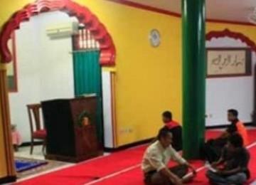 Sepanjang 2011, Masjid Lautze Islamkan 70 Orang