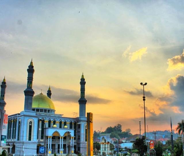 Masjid Al Maruf Di Samarinda
