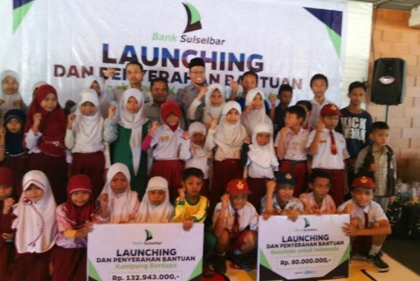Bank Sulselbar-PKPU berikan bantuan beasiswa untuk yatim di wilayah Sulawesi Selatan.