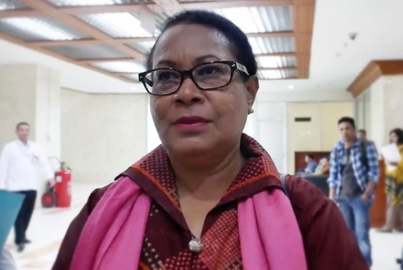 Menteri Pemberdayaan Perempuan dan Perlindungan Anak, Yohana Yambise