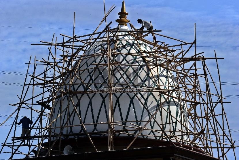 Pembangunan masjid   (ilustrasi).