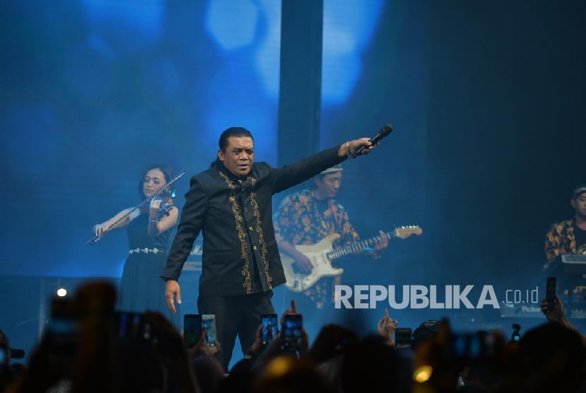 Drama Sobat Ambyar Minta Feel Koplo Turun Panggung Republika Online