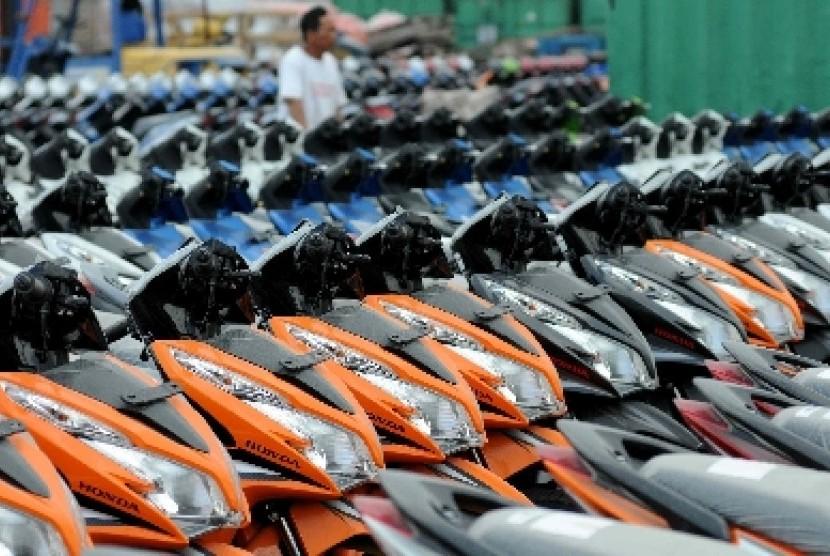 Showroom sepeda motor