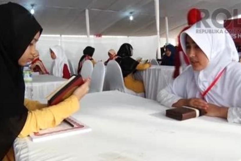 Wisuda Akbar Indonesia Menghafal Alquran