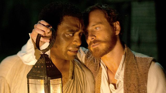 Northup (Chiwetel Ejiofore) and Epps (Michael Fassbender)