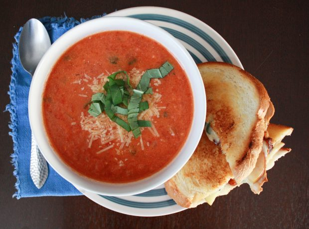 View of the tomato soup and grilled cheese from above.