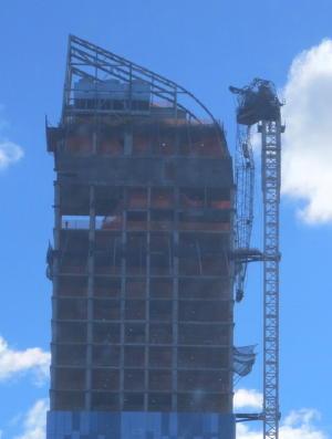 A picture named crane.jpg
