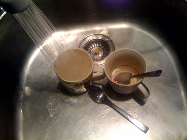 https://i2.wp.com/static.scripting.com/photos/archive/2008/01/27/sinkWaterCoffeeCups/original.jpg