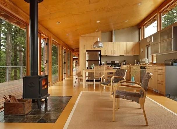 Replinger Hossner Osolin Builds Contemporary Cabin For