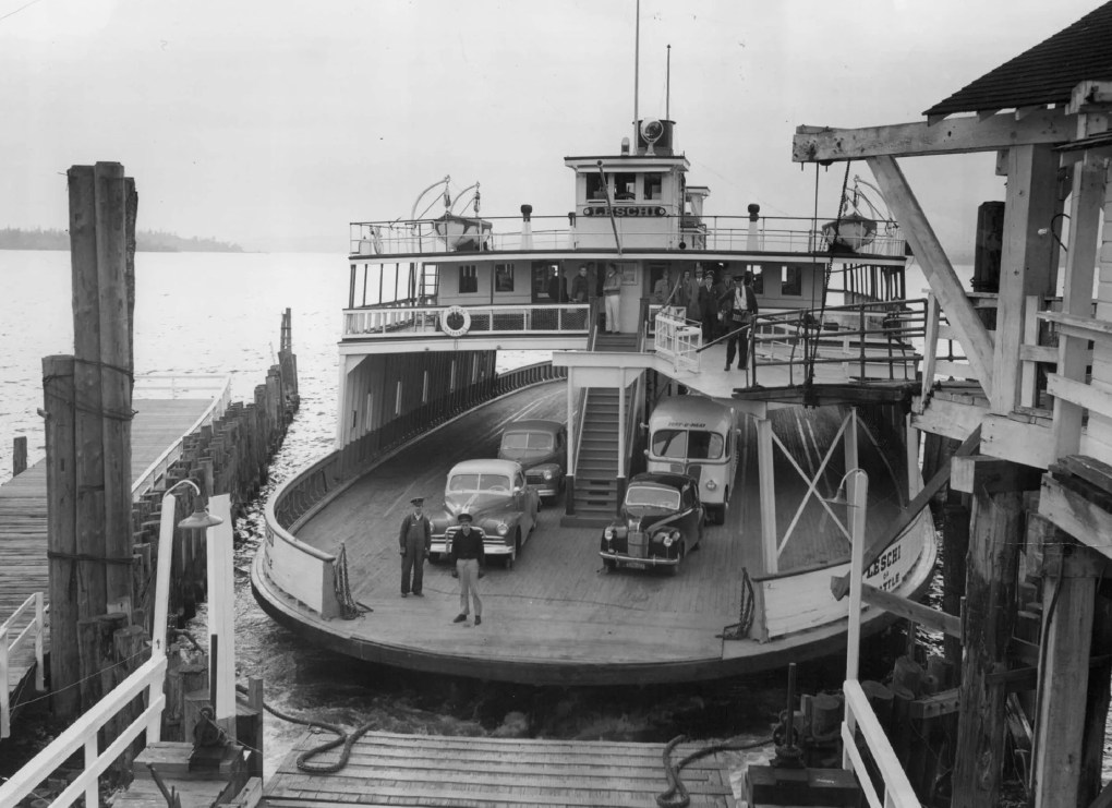 The Seattle-Kirkland ferry Leschi docks on Lake Washington in 1948, two years before ferry services would end on the lake. (Seattle Times Archive)