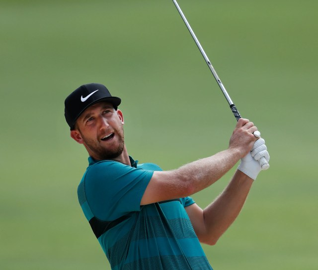 Co Leader Kevin Chappell Who Owns A Home In Kirkland Hits A Shot