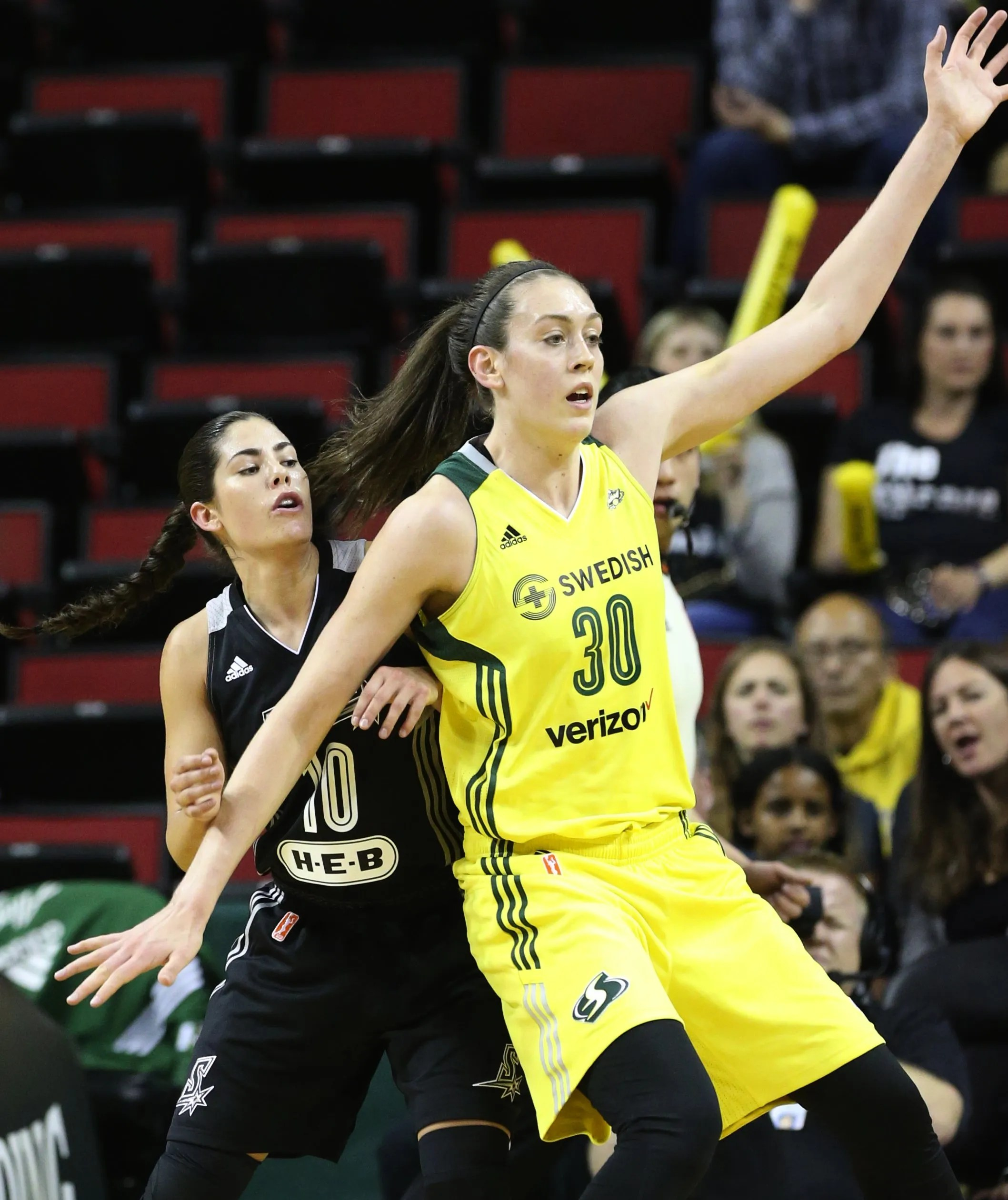 Breanna Stewart Storm Prove Too Much For Kelsey Plum San Antonio The Seattle Times