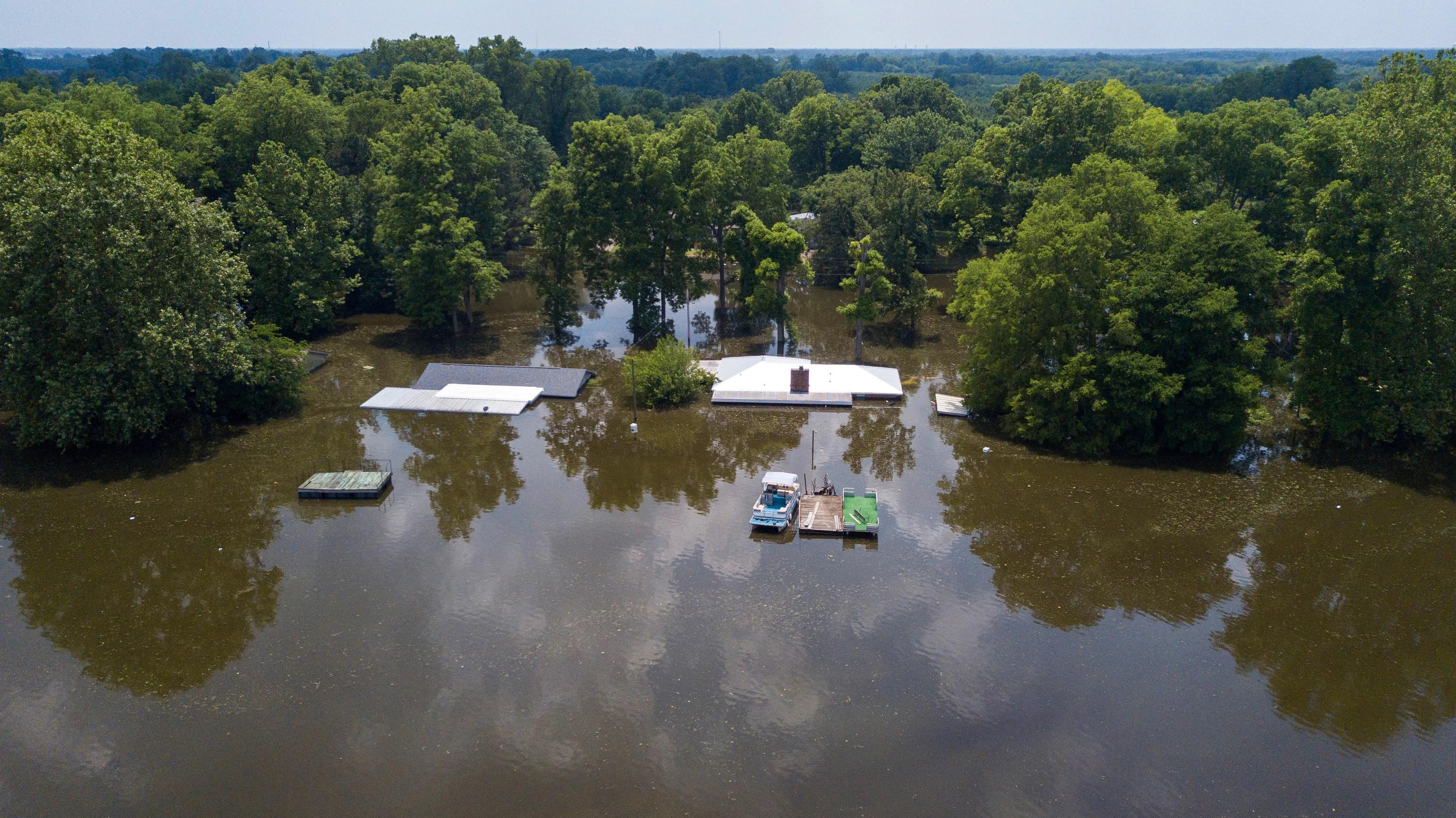 Pine Bluff Officials Flood Won T Sink Arkansas City S Hopes The Seattle Times