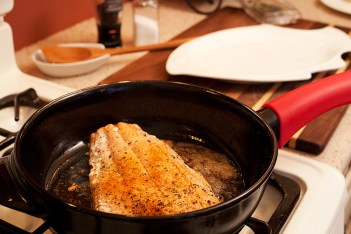 Cooking with ceramic cookware