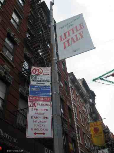 New York City : 5th Avenue, Rockefeller Center, St Patrick's Cathedral, Flatiron Building, Madison Square Park, Shake Shack's, Little Italy, Soho, Greenwich Village, Time Square photo 19