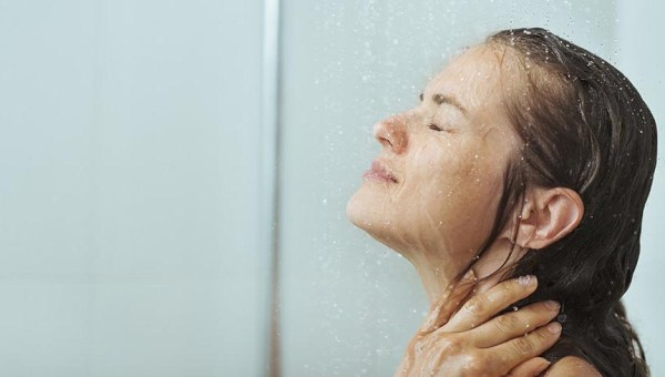 the-health-benefits-of-cold-showers1