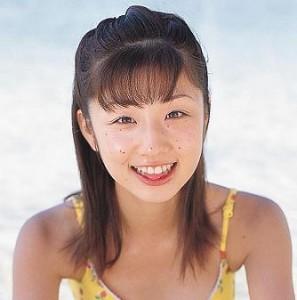 小倉優子 昔 ホクロ 画像
