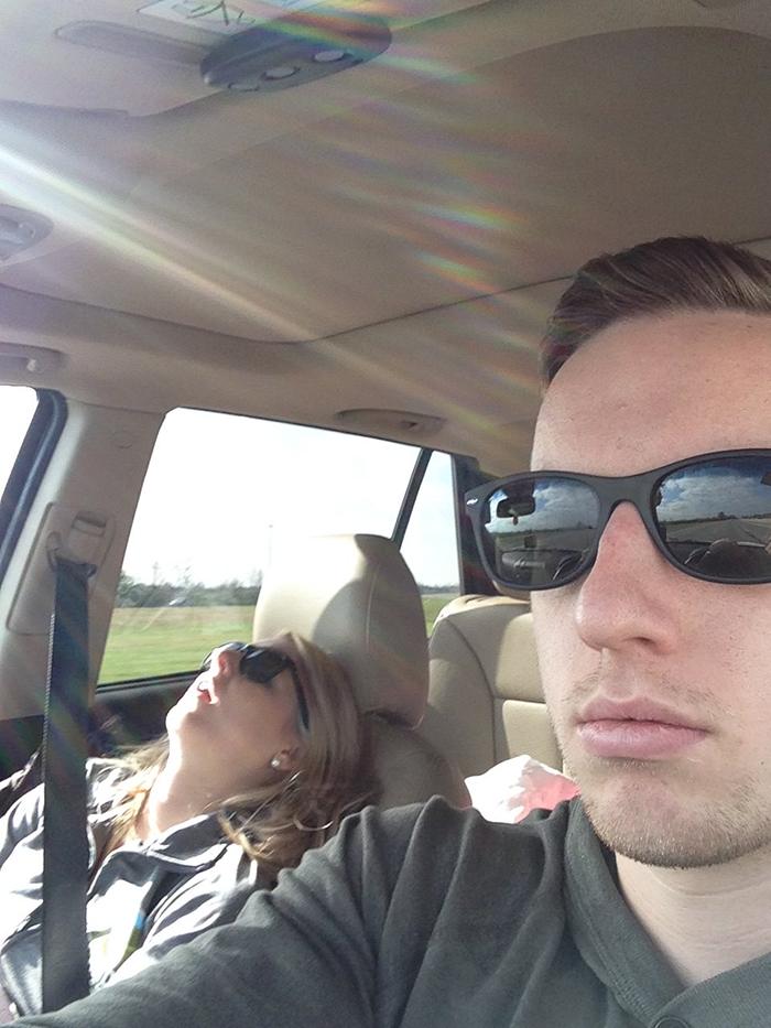 road-trip-sleeping-wife-pictures-husband-mrmagoo21-7-5a434c894536e__700