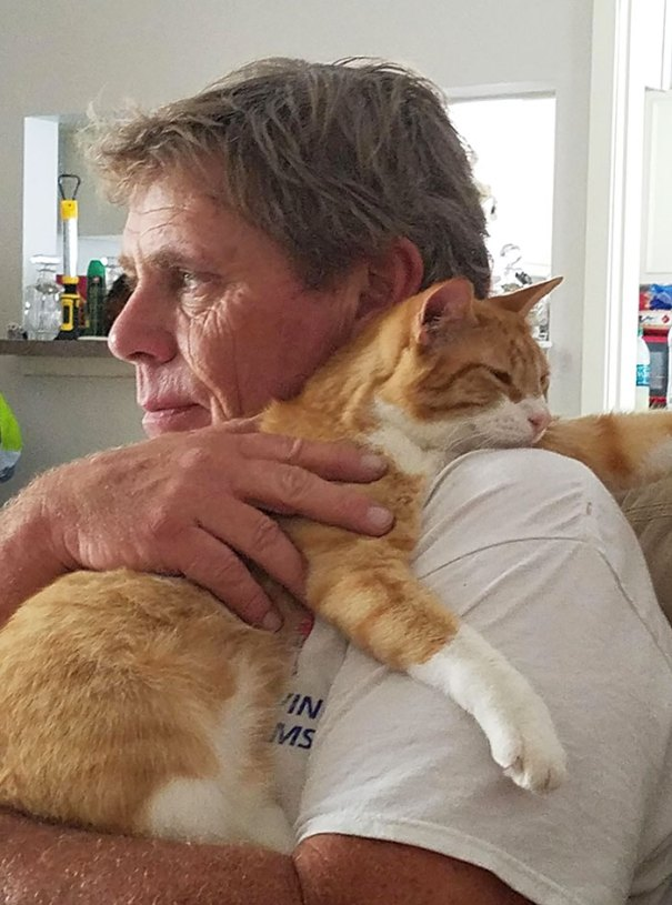 The Bond Between My Dad And His Cerebral Palsy Cat. He Fell And Needed Love