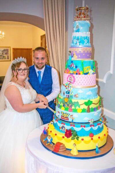 gâteau de mariage sur le thème de Disney