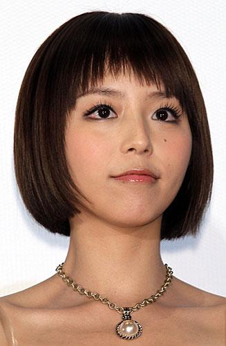 声優アイドルの平野綾