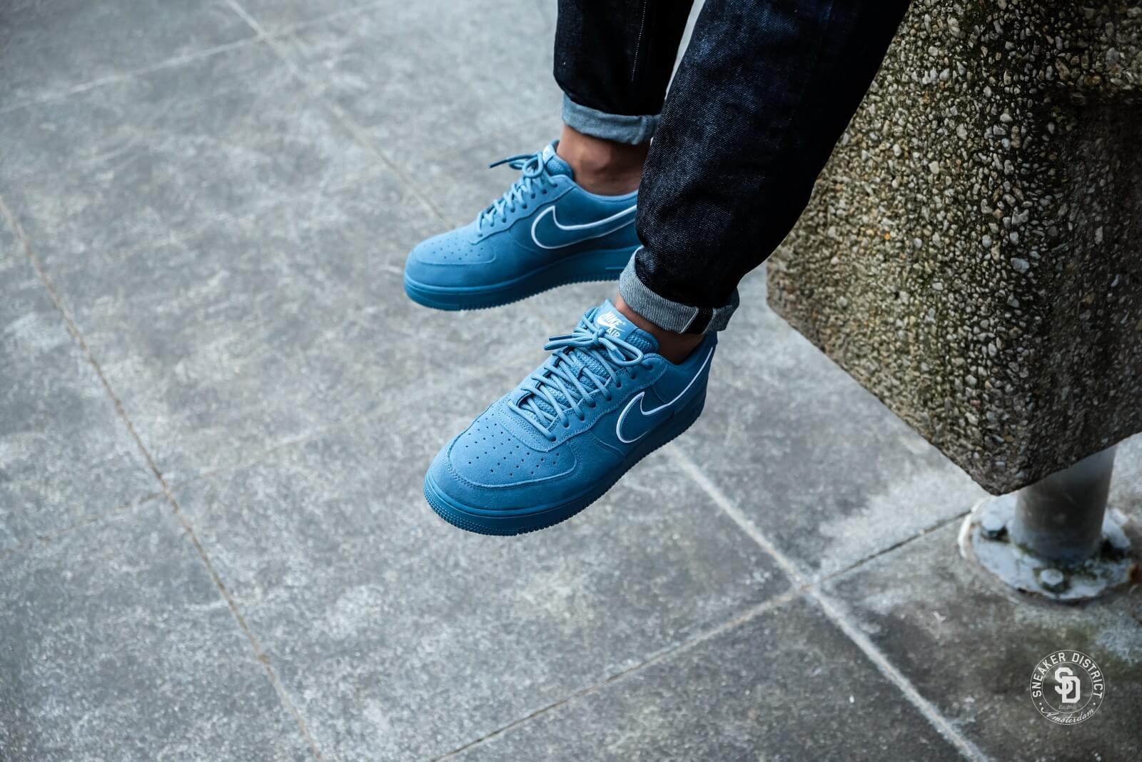 Nike Air Force 1 07 LV8 Suede Noise AquaBlue Force