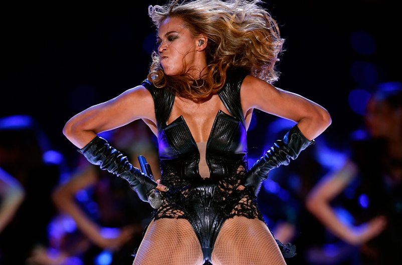 Beyonce Lights Out