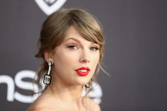 Taylor Swift Elle Us List Cocktails