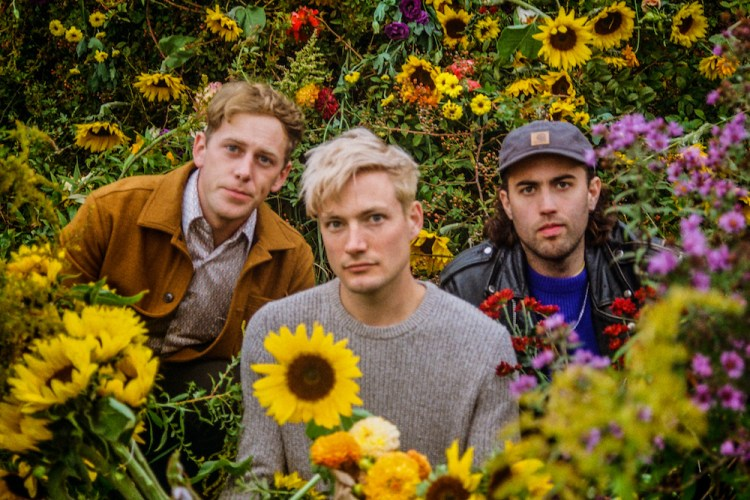 The Dirty Nil Want You to Smash Your Phone | SPIN