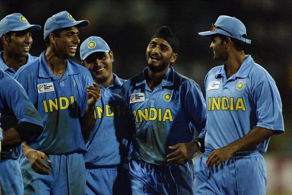 VVS Laxman, Ashish Nehra, Virender Sehwag, Harbhajan Singh and Dinesh Mongia of India celebrate victory