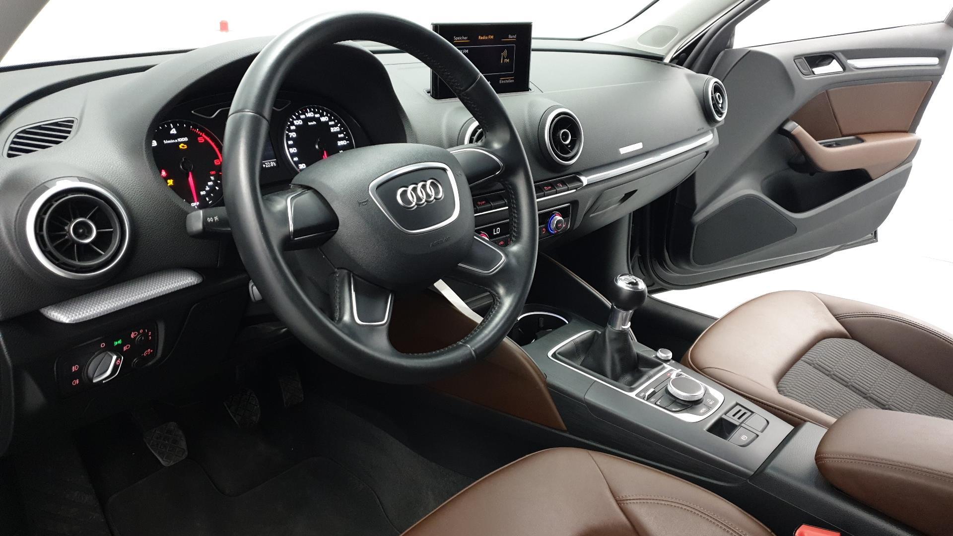 Audi A3 - wnętrze
