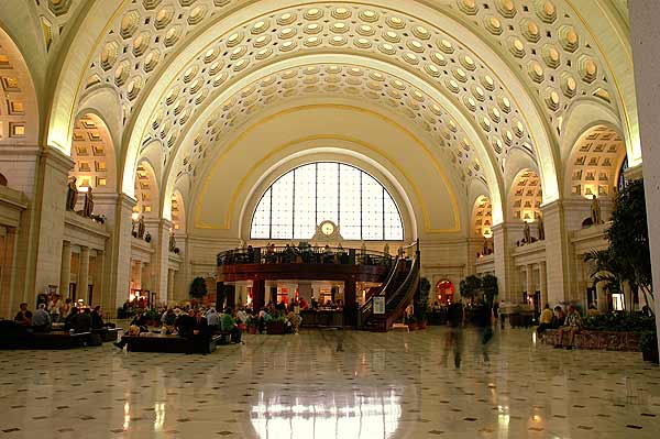 Closest Restaurants Union Station