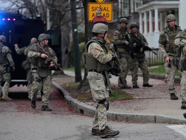 Boston-Manhunt-0413-de.jpg