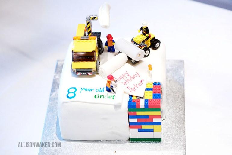 LEGO cake!